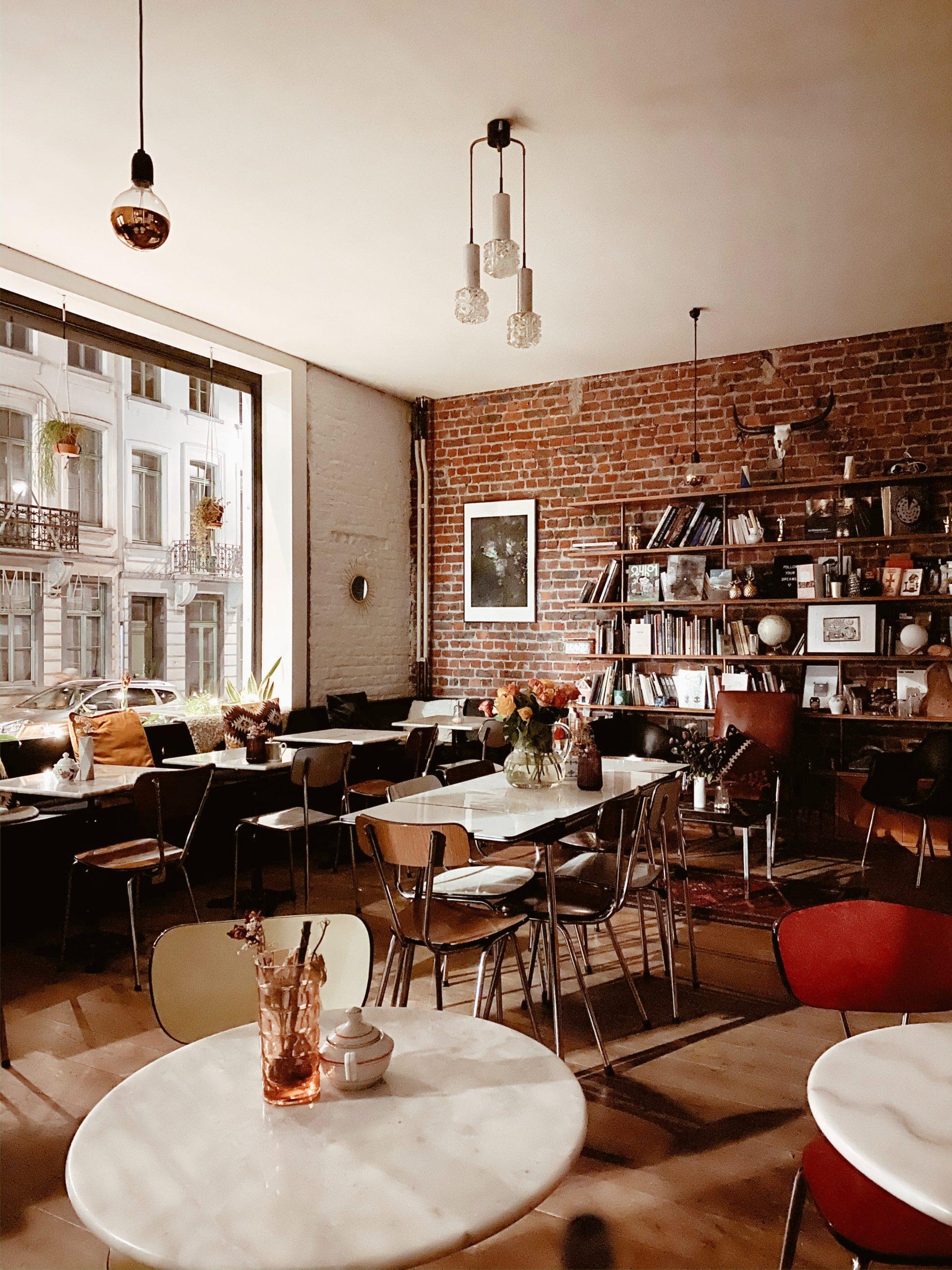 Une aide régionale de 3.000 euros pour les bars et cafés bruxellois obligés de fermer